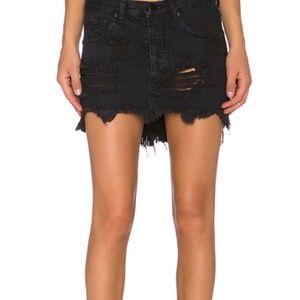 One Teaspoon Junkyard Skirt in Fox Black Denim